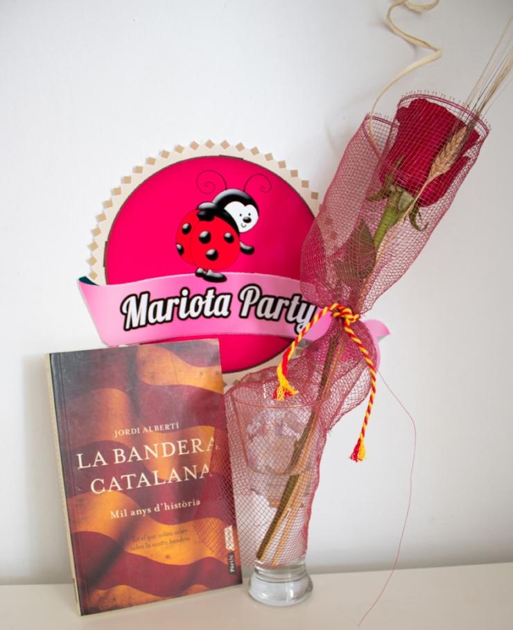 Cuenta la leyenda de un libro...y una rosa...