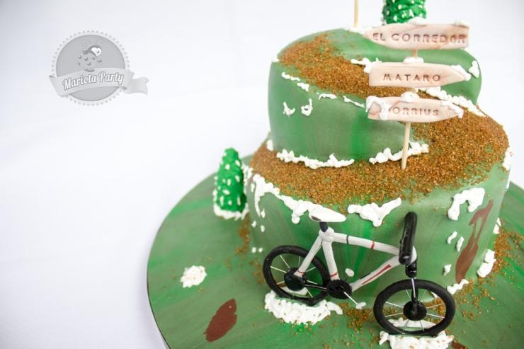 Pastel de Bicicleta en la montaña